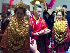 Giới trẻ - Hậu trường đám cưới cô dâu trĩu cổ vì 10kg vàng