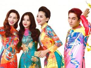 Đời sống Showbiz - Sơn Tùng bảnh bao diện áo dài đón Tết
