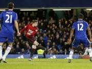 """Bóng đá - Chelsea: """"Tử huyệt"""" phòng ngự tuyến hai"""