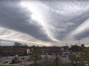 Phi thường - kỳ quặc - Video: Đám mây hình sóng biển kỳ lạ trên bầu trời