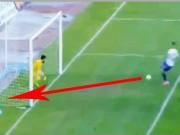 Video bóng đá hot - Sút ra ngoài ở khoảng cách 2m như... Giroud