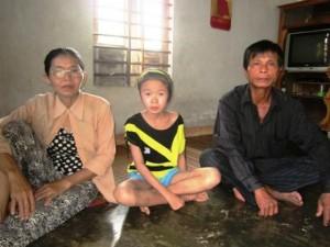 Bạn trẻ - Cuộc sống - Giấc mơ chữa bệnh của cô bé 11 tuổi hiếu học