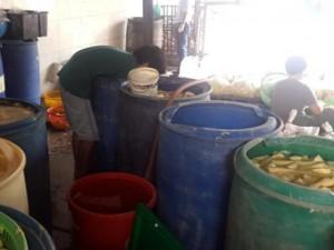 Tin tức trong ngày - Liên tiếp phát hiện măng ngâm hóa chất độc hại ở TPHCM