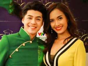 Ca nhạc - MTV - Ái Phương dịu dàng đón xuân bên Noo Phước Thịnh