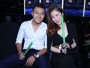 Ca nhạc - MTV - Hương Tràm được trai lạ hộ tống xem 'The Remix'