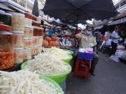 Thị trường - Tiêu dùng - Bình Dương: Đồng loạt ra quân truy tìm thực phẩm bẩn