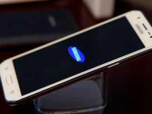 Dế sắp ra lò - Samsung Galaxy J5 2016 lộ gần hết cấu hình