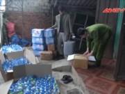 Video An ninh - Kinh hoàng công nghệ sản xuất dấm từ… axit và nước lã
