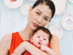 Trang Trần hé lộ những cực khổ khi chăm con một mình