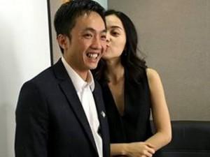 Đời sống Showbiz - Facebook sao 22/1: Quốc Cường được Hạ Vi khen 'ngây thơ'