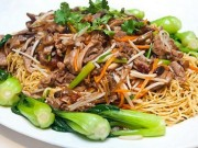 Ẩm thực - Ngon xuýt xoa mỳ xào thịt bò, rau cải