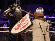 Thể thao - Kỳ dị giải đấu MMA giữa hiệp sĩ Trung cổ