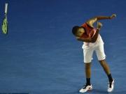 """Thể thao - Tin thể thao HOT 23/1: """"Trai hư"""" Kyrgios ném vợt, chửi tục"""