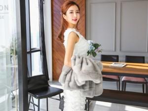 Giải pháp thời trang hoàn hảo cho quý cô tuổi 'băm'