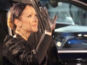 Hai khoảnh khắc rơi lệ trong tang lễ chồng Celine Dion