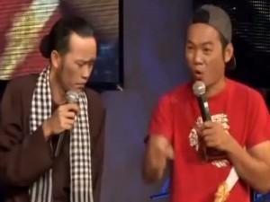 """Video Clip Cười - Hoài Linh đau đầu với hai cậu con trai """"học dốt"""""""