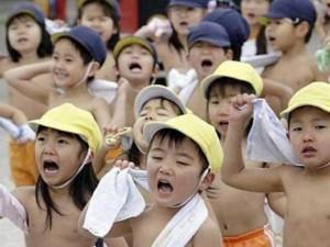 Thế giới - Vì sao Nhật Bản không cho trẻ nghỉ học khi rét 2 độ C?
