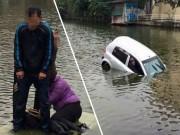 Tin tức trong ngày - Xế hộp lao xuống hồ, 3 người ướt sũng trong cái rét 7 độ C