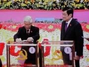 Tin tức trong ngày - Tổng Bí thư bỏ lá phiếu đầu tiên bầu Trung ương khóa XII