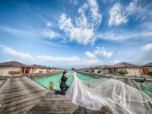 Bạn trẻ - Cuộc sống - Cặp uyên ương chi 200 triệu chụp ảnh cưới ở Maldives