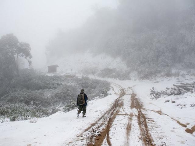 Lạ kỳ băng tuyết ở nơi nóng nhất Việt Nam