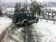 Những lưu ý khi lái xe đường băng tuyết, trơn trượt