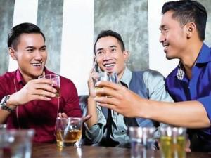 Bạn trẻ - Cuộc sống - Tết Việt: Đàn ông mâm trên, đàn bà mâm dưới!