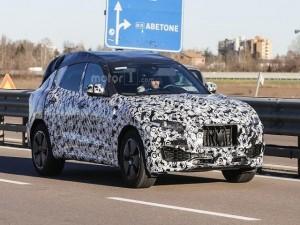 Maserati Levante crossover sẽ trình làng tại Geneva Motor Show