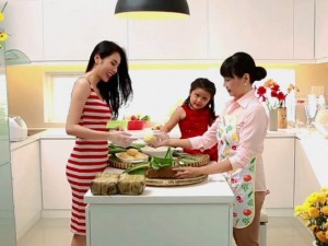 Ca nhạc - MTV - Clip Thuỷ Tiên khoe biệt thự triệu đô