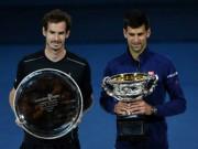 Thể thao - Khoảnh khắc Djokovic hôn sân, Murray khóc òa