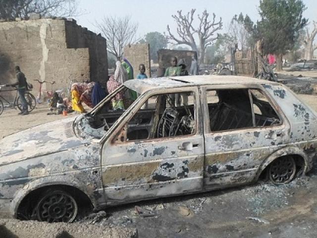 Khủng bố thiêu sống trẻ em, giết hại 86 người ở Nigeria