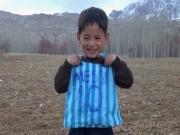 Bóng đá - Messi sắp gặp cậu bé nghèo mặc áo đấu nilon gây sốt