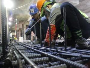 Tin tức trong ngày - Cần mẫn trên công trường metro dưới lòng đất ngày cuối năm