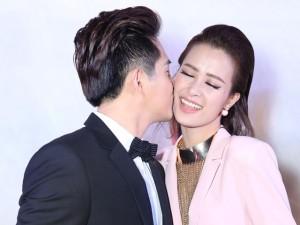 Ca nhạc - MTV - Đông Nhi mặn nồng bên bạn trai như cặp đôi mới cưới