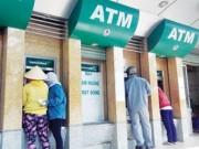 """Tài chính - Bất động sản - Cận Tết, hàng loạt ATM """"đổ bệnh"""""""