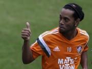 """Bóng đá - Ronaldinho sẽ là hợp đồng """"bom tấn"""" ở Trung Quốc?"""