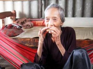 Tin tức trong ngày - Sở thích lạ lùng của cụ bà Việt Nam sống lâu nhất thế giới