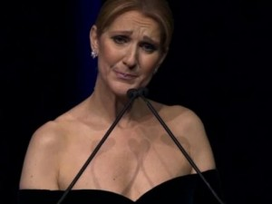 Celine Dion không ngừng rơi lệ trong đêm vinh danh chồng