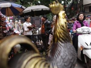Tin tức trong ngày - Độc đáo phiên chợ đồ cổ duy nhất trong năm ở Hà Nội