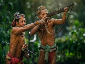 Phi thường - kỳ quặc - Khám phá bộ lạc sống biệt lập hoàn toàn với cuộc sống hiện đại