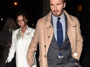 Thời trang - Vợ chồng Beckham tay trong tay thắm thiết trên phố