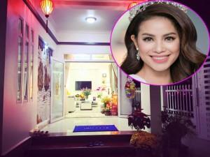 Đời sống Showbiz - Facebook sao 10/2: Phạm Hương khoe nhà khang trang ở quê