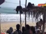 Video An ninh - Cả gia đình đi tắm biển, hai trẻ nhỏ bị chết đuối