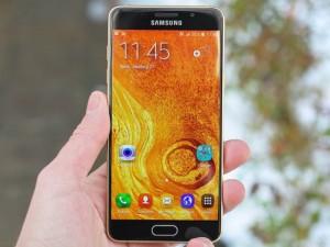 Dế sắp ra lò - Đánh giá Galaxy A5 (2016): Giá tầm trung, cấu hình cao cấp