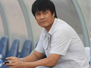 Hữu Thắng làm HLV trưởng đội tuyển Việt Nam