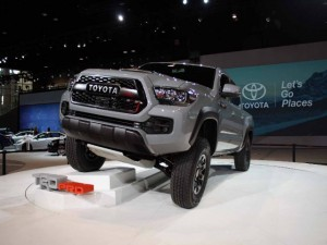 Ô tô - Xe máy - Toyota Tacoma TRD Pro trở lại, mạnh mẽ hơn