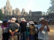 """Thị trường - Tiêu dùng - Vì sao du lịch Việt """"xách dép"""" cho Campuchia ?"""