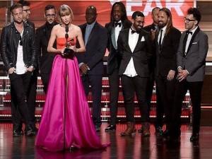 Khoảnh khắc buồn vui đáng nhớ tại Grammy 2016