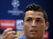 Cup C1 - Champions League - Bị hỏi khó về Messi, Ronaldo nổi giận bỏ họp báo