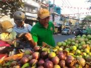 Thị trường - Tiêu dùng - Sau Tết, trái cây rớt giá từng ngày